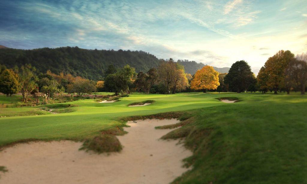 ロイヤルウェリントンゴルフ場 – Royal Wellington Golf Club