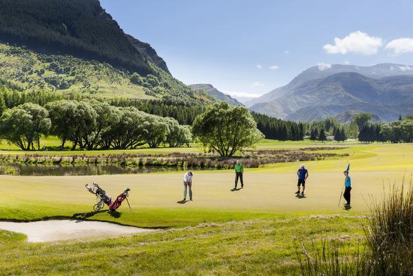 ニュージーランド ミルブルック ゴルフコース(ゴルフ場)