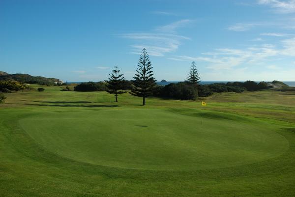 ニュージーランド ムリワイ ゴルフコース(ゴルフ場)
