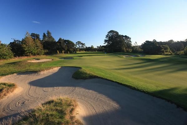 ニュージーランド ティティランギ ゴルフコース(ゴルフ場)
